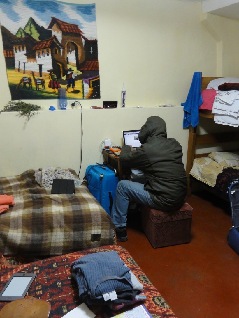 Extreme internetting (yes that is a made up word) in Magaly hostel.